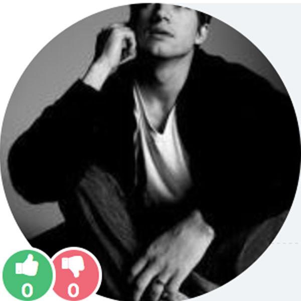 Popexpert, Ashton Kutcher Profile Pic