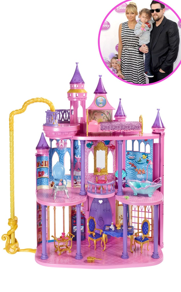 Disney Princess Ultimate Dream Castle, Harlow Madden, Star-Wothy Kids Gifts