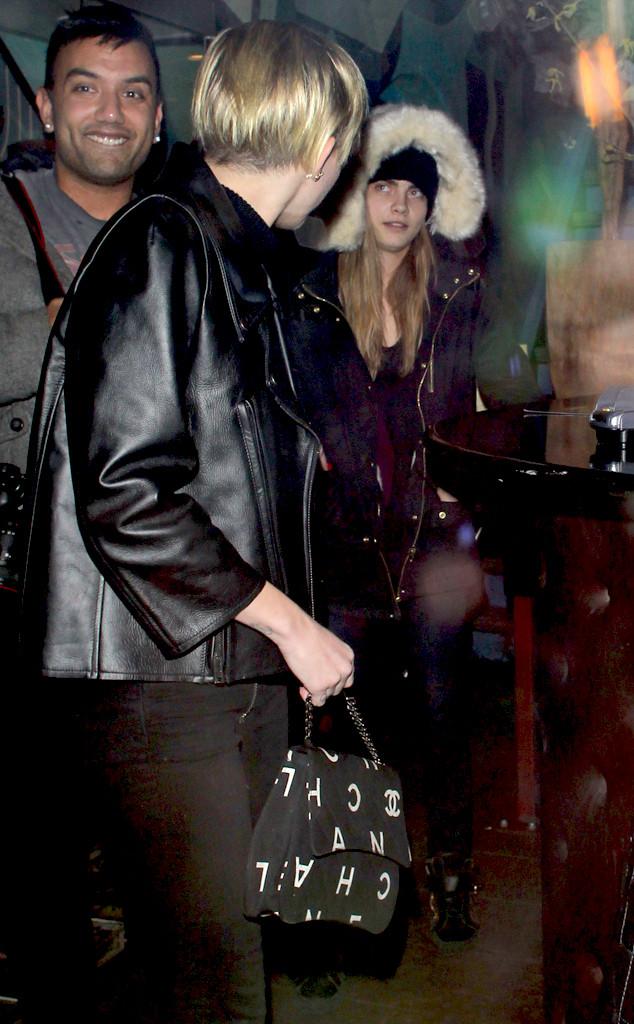 Miley Cyrus, Cara Delevingne