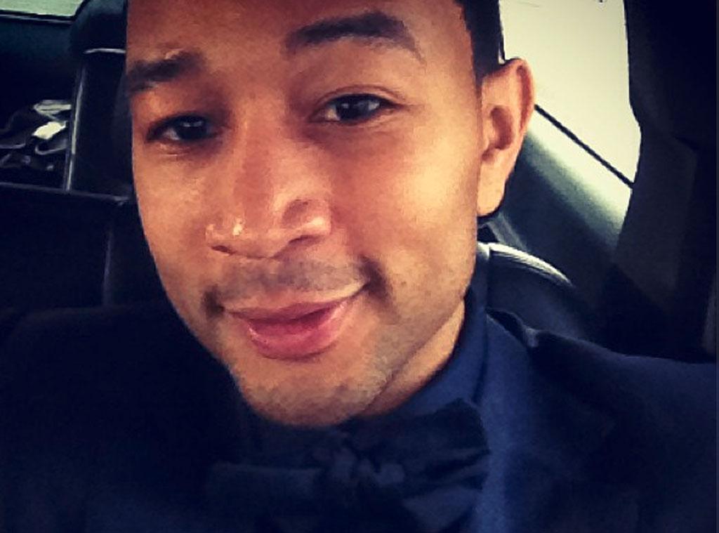 John Legend, Twit Pic