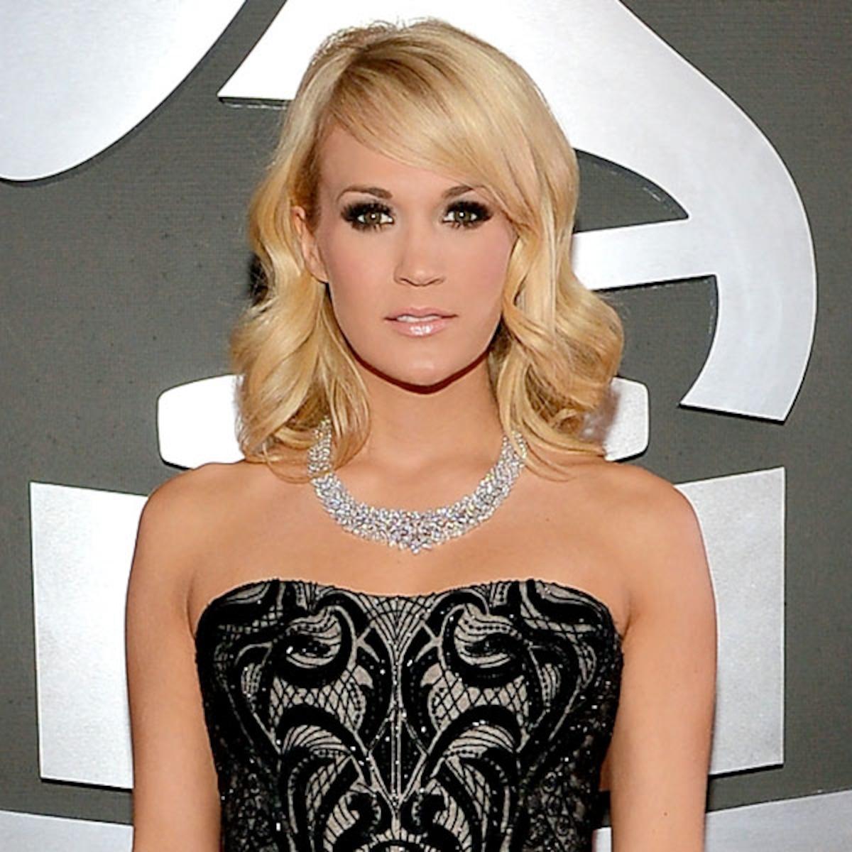 Nude carrie underwood Carrie Underwood