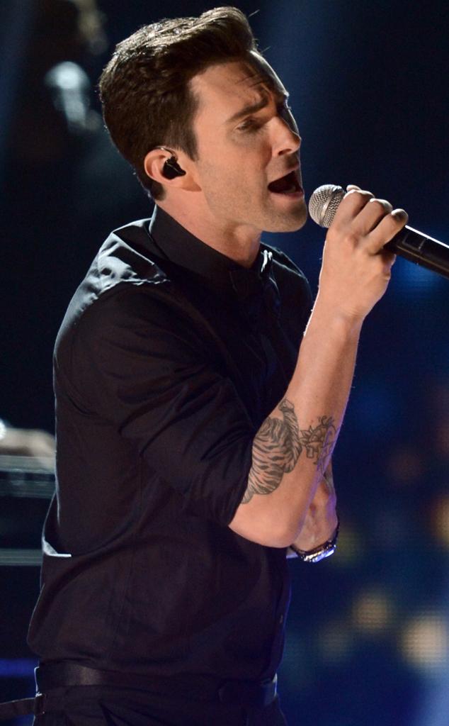 Adam Levine, Maroon 5, Grammys, Performance