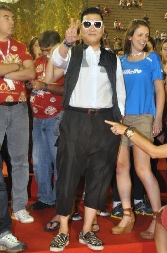 Psy, Carnaval Rio