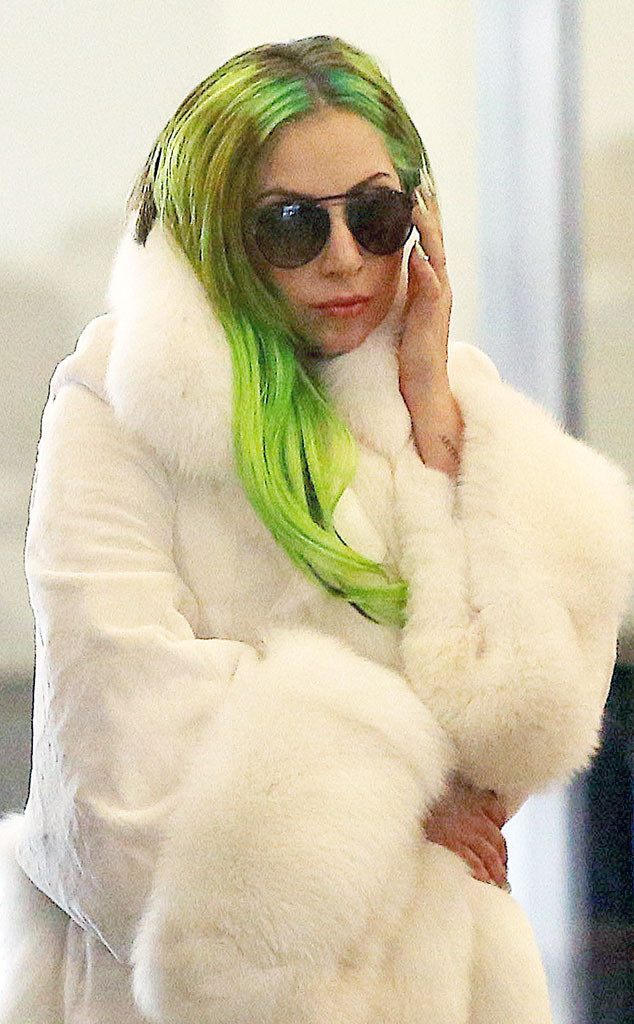 rs_634x1024-131218122058-634.lady-gaga-g