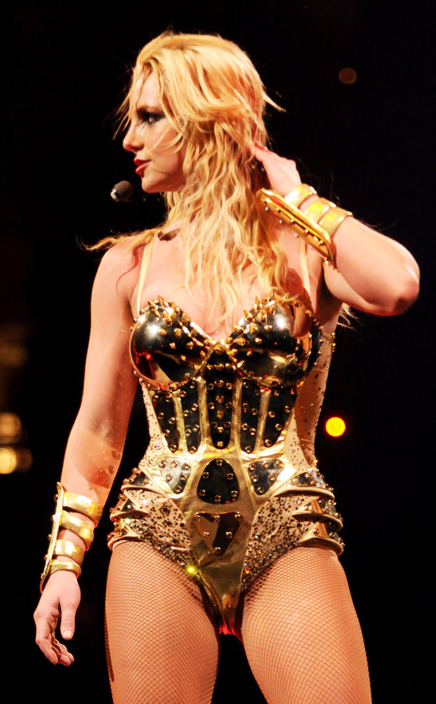 rs_634x1024-131219145138-634.Britney-Spe