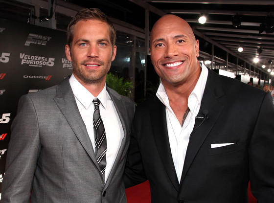 ¿Cuánto mide Dwayne Johnson (The Rock)? - Altura - Real height Rs_560x415-131202183323-1024.therock-paul-walker.cm.12213_copy