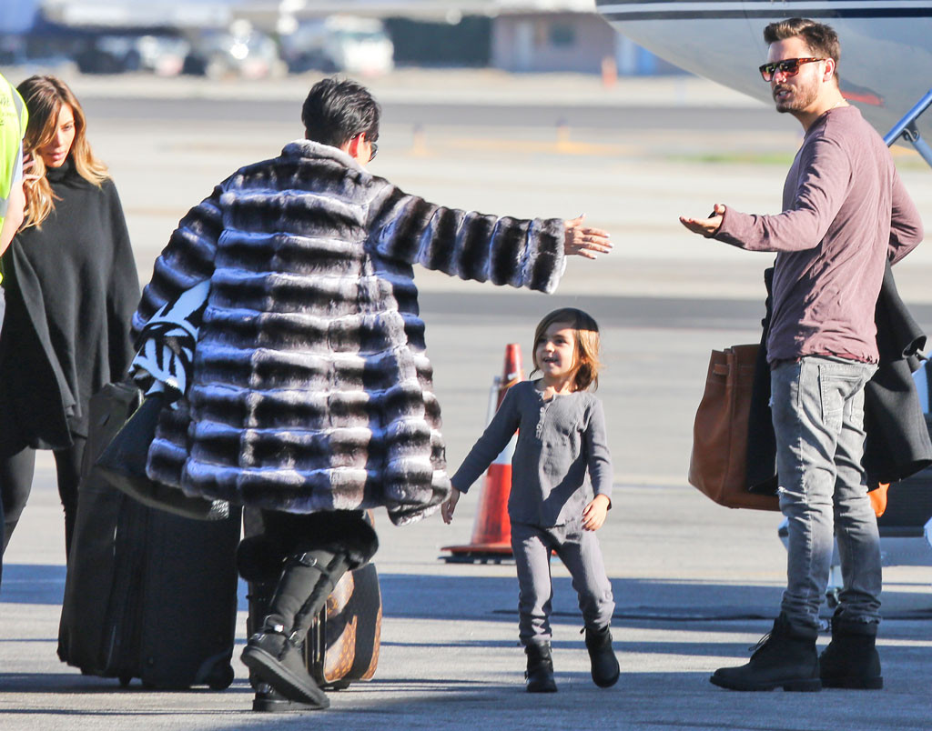 Kim Kardashian, Kris Jenner, Mason Disick, Scott Disick, Plane