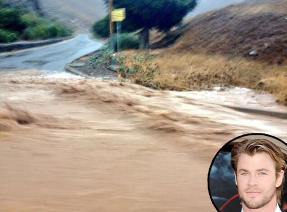 Ron Howard, Chris Hemsworth, Flood Twit Pic