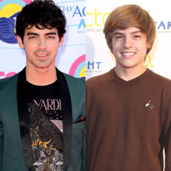 Joe Jonas, Dylan Sprouse, Split