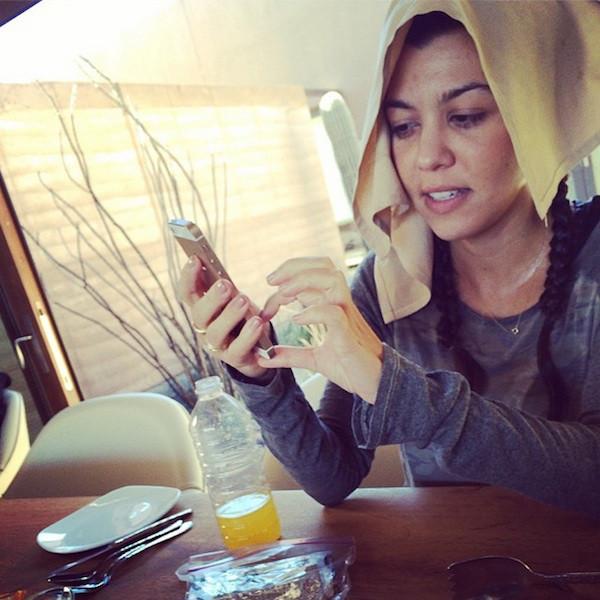 Kourtney Kardashian sem maquiagem