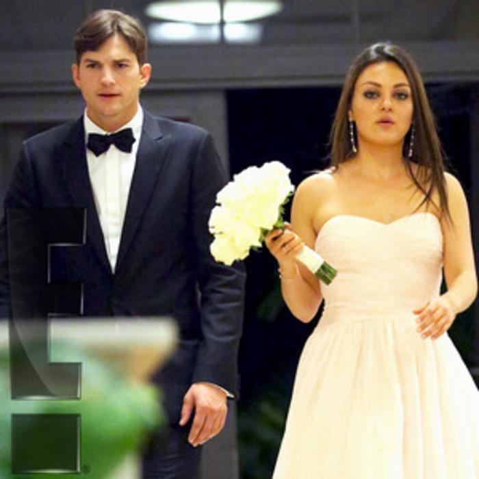 Mila Kunis And Ashton Kutcher Wedding.Ashton Kutcher And Mila Kunis Attend Her Brother S Wedding Get The