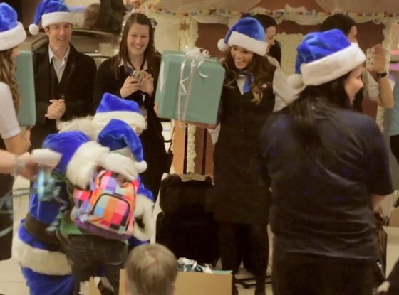 Westjet xmas gifts for teens