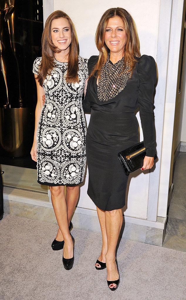 Rita Wilson, Allison Williams