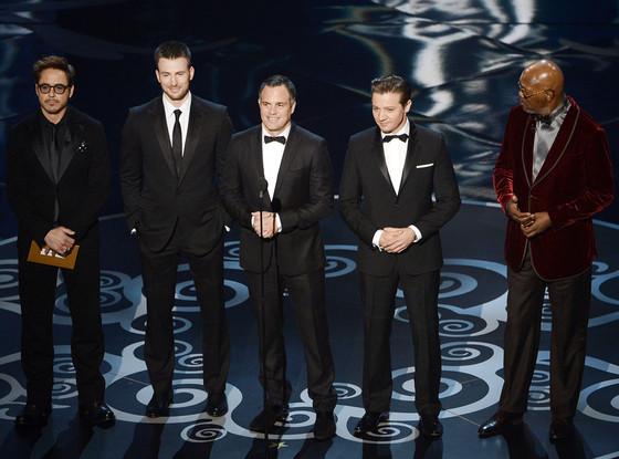 2013 Oscars Show, Robert Downey Jr., Chris Evans, Mark Ruffalo, Jeremy Renner, Samuel L. Jackson
