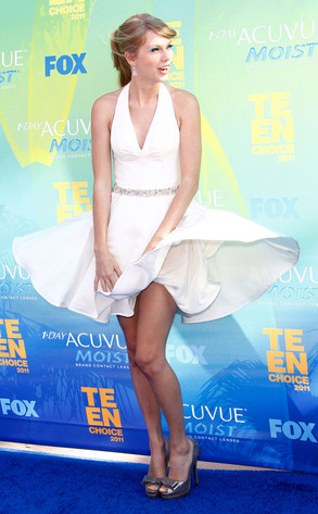 Taylor Swift, Wardrobe Malfunction