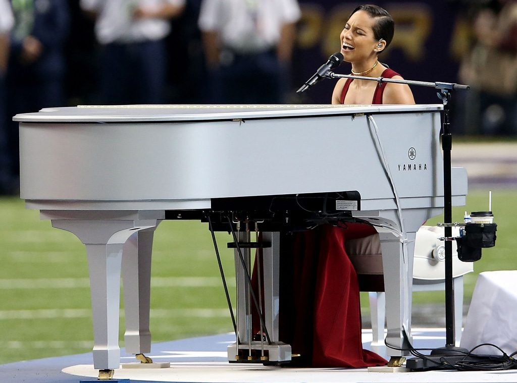 Alicia Keys Sings National Anthem At The Super Bowl E Online