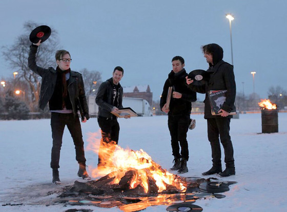 Fall Out Boy, Twit Pic