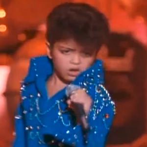 Young Bruno Mars, Honeymoon in Vegas