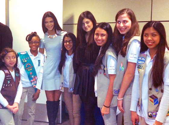 Kylie and kendall jenner meet with girl scouts on good morning kendall jenner kylie jenner girl scouts twit pic m4hsunfo