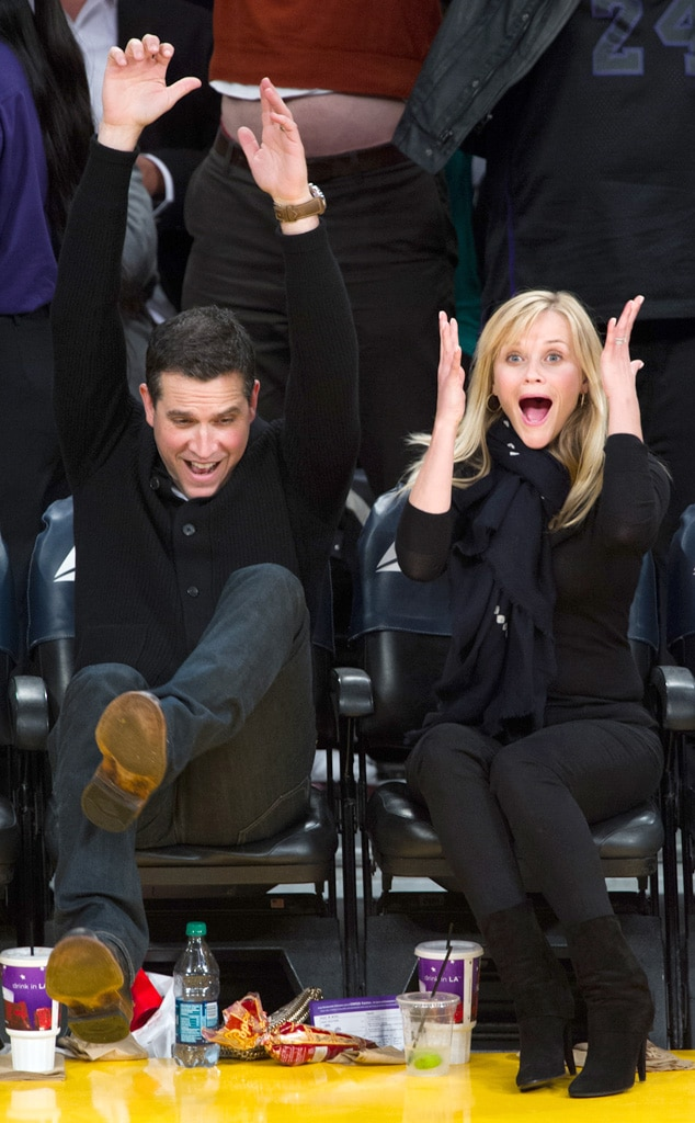 Reese Witherspoon, Jim Toth, Lakers