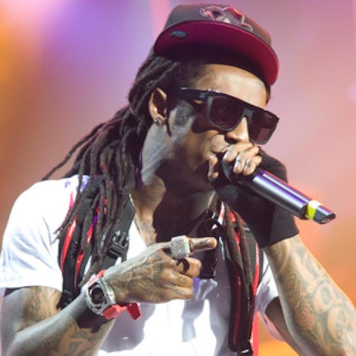 Lil Wayne Steps On American Flag While Shooting God Bless Amerika ...