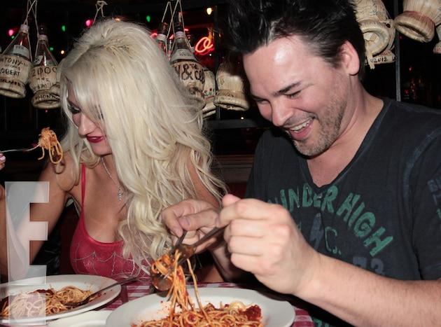 Dinner date online in Australia