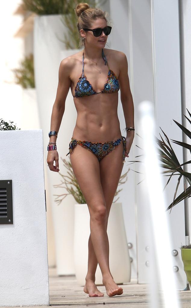 rachel.mcadams bikini