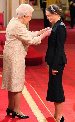 Stella McCartney, Queen Elizabeth II