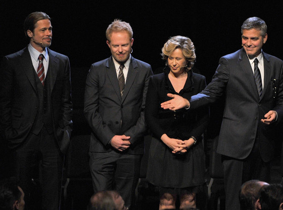 '8' Play, Brad Pitt, Jesse Tyler Ferguson, Yeardly Smith, George Clooney