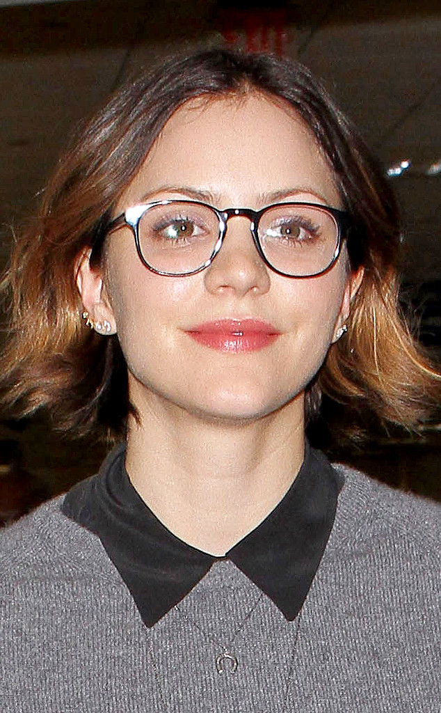 Katharine Mcphee Steps Out With New Short Haircut E Online