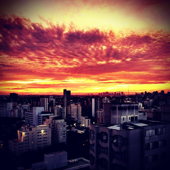 "Joe Jonas no Instagram: ""Hello, Brazil"""