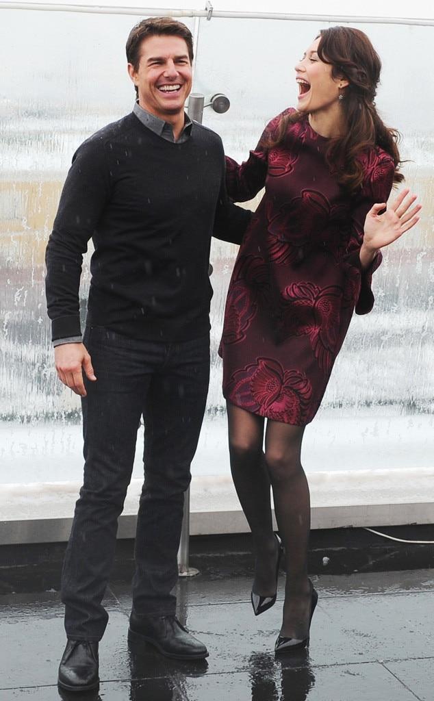 Olga Kurylenko, Tom Cruise