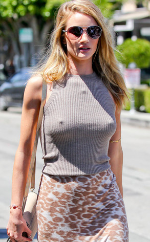 Rosie Huntington-Whiteley, nipple