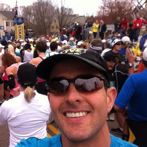 Joey McIntyre, Twitter, Boston Marathon
