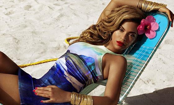 Beyonce de biquini
