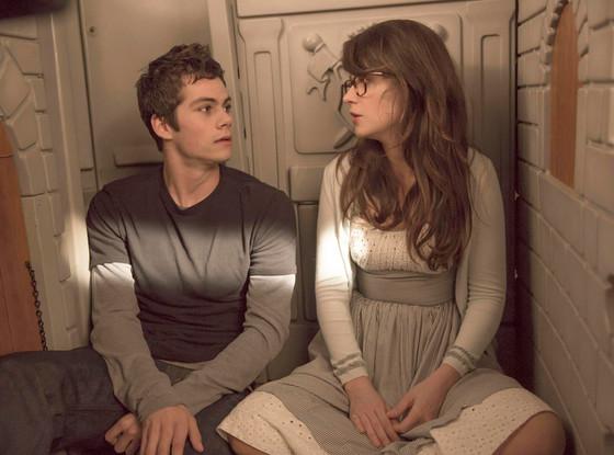 New Girl First Look Teen Wolfs Dylan Obrien Woos Jess -9412