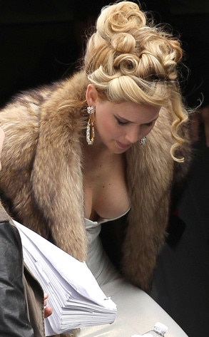 Jennifer lawrence nip slip