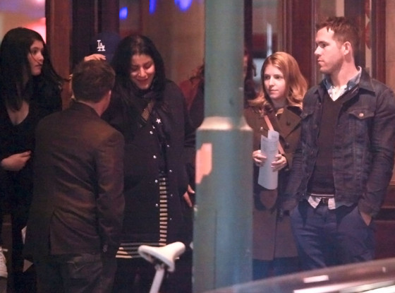 Ryan Reynolds Has Dinner With Costars Anna Kendrick and Gemma Arterton in Berlin