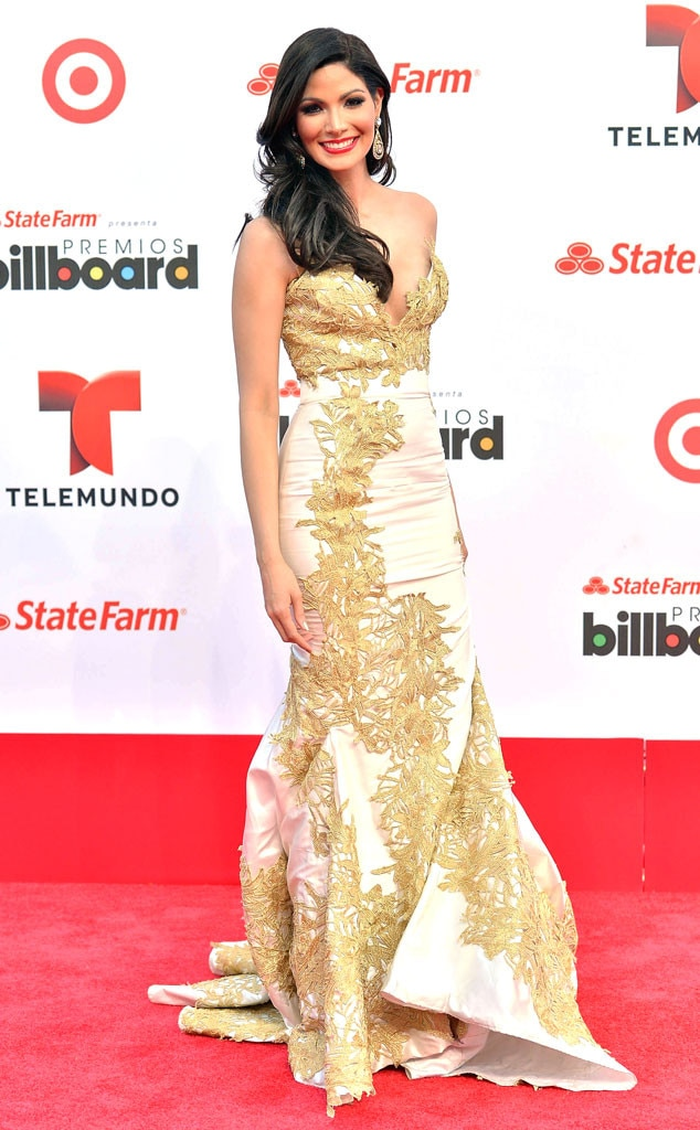 Cynthia Olavarria, Billboard Latin Music Awards 2013