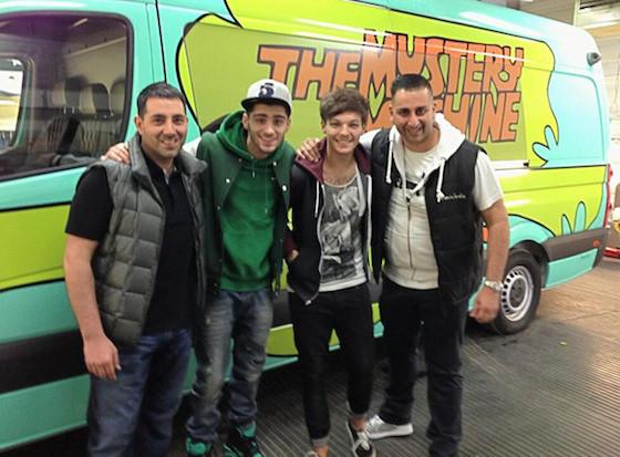 Louis Tomlinson, Zayn Malik, Mystery Machine, One Direction