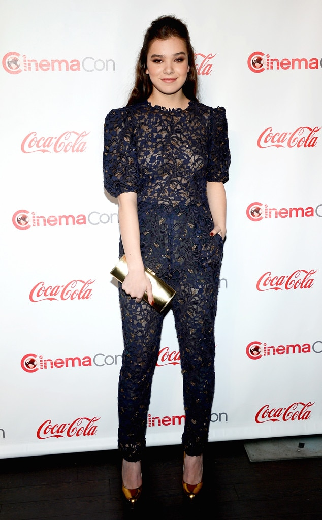 Hailee Steinfeld, CinemaCon Awards Ceremony, Jumpsuit