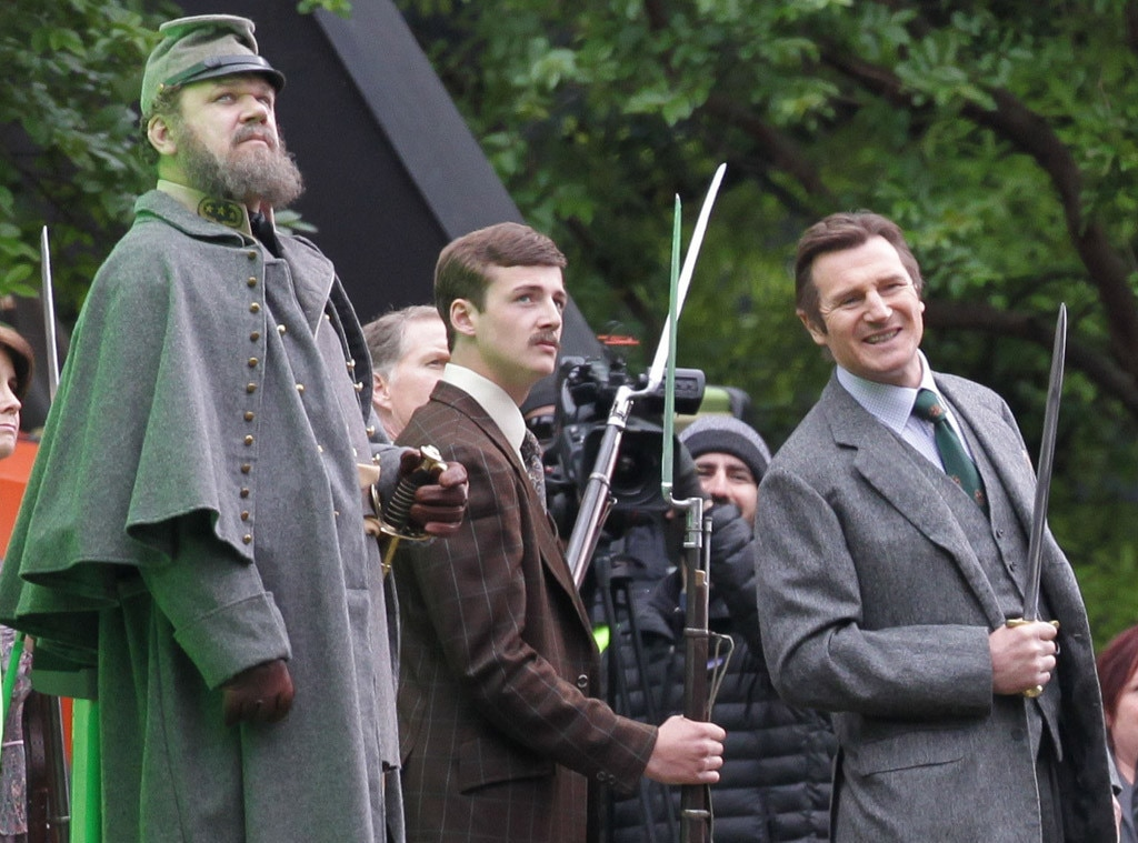 John C. Reilly, Liam Neeson, Anchorman 2 set
