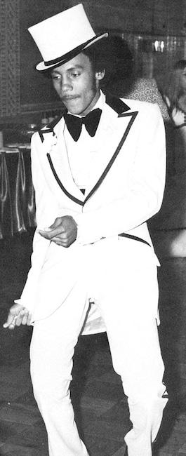 Galería de baile formal, Montel Williams