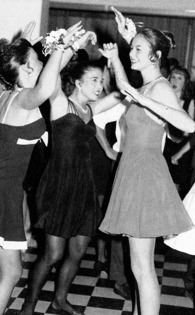 Galería de baile formal, Stacy Keibler