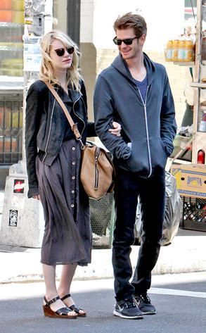 c240337852d76b Emma Stone and Andrew Garfield Stroll Through NYC—Check Out the Adorable  Pic!