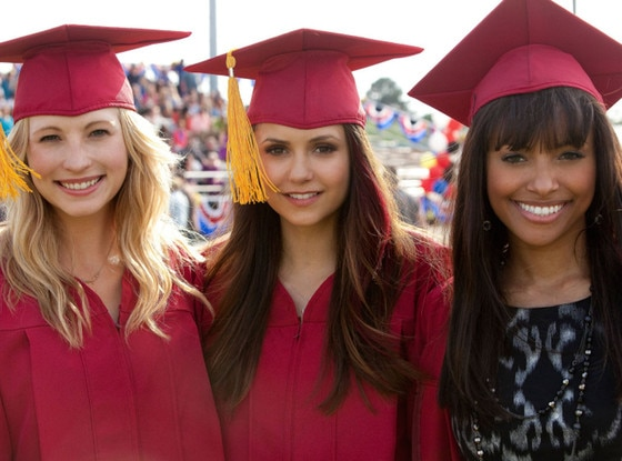 exclusive the vampire diaries yearbook e news uk
