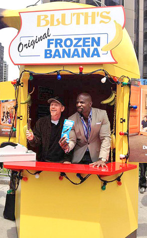 Arrested Development: Bluth Banana Stand Pops Up in NYC as Tobias Fünke's Sizzle Reel Goes Viral