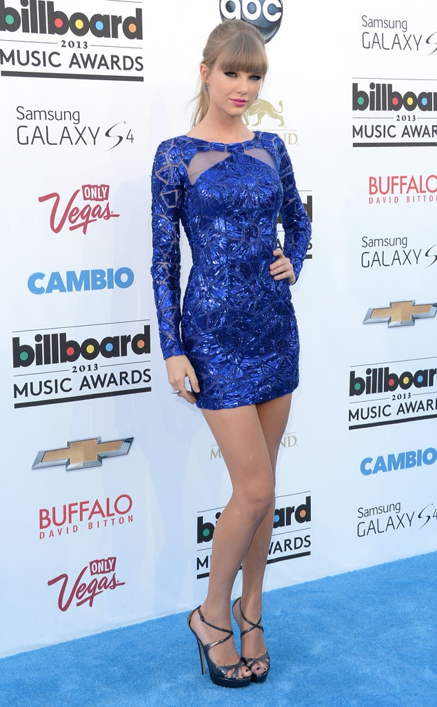 Taylor Swift, 2013 Billboard Music Awards, Most Memorable Looks