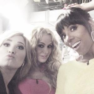 Paulina Rubio, Demi Lovato, Kelly Rowland