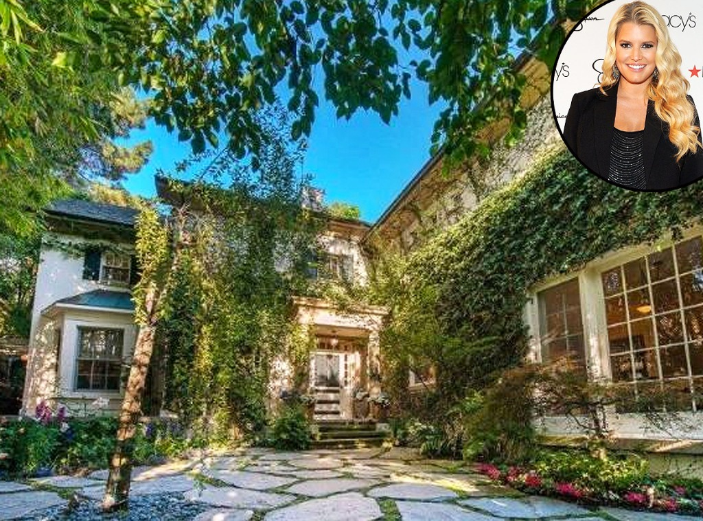Jessica Simpson, Beverly Hills House